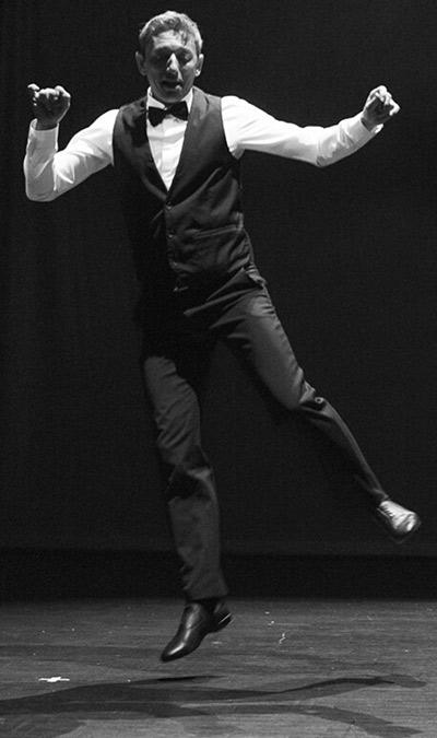 Kosta professeur de danse à Grenoble
